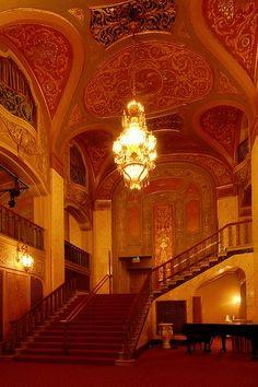 Paramount Theatre, Seattle, WA Zippertravel.com Digital Edition