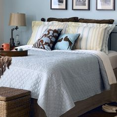Master Bedroom Makeover Ideas, Your master bedroom might be the only place which offers isolation to you from disturbance of daily life. If you ever get bored of your current master bedroom decoratio Bedroom Themes, Diy Bedroom Decor, Home Decor, Bedroom Colors, Bedroom Ideas, Southwestern Home, Tropical Interior, Interior Decorating, Interior Design