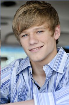 Lucas Till - Haven't seen any of his films but he's cute. He should play Will in Divergent