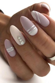 30 Perfect Pink And White Nails For Brides ❤ pink and white nails nude with silver stripes and pearls naturelle_nails We have collected temeless ideas of pink and white nails, which enchantingly complete the image of bride. Enjoy the ideas in our gallery! White Gel Nails, White Nail Art, Rose Gold Nails, Cute Acrylic Nails, Cute Nails, My Nails, Pointy Nails, Fancy Nails, White Almond Nails