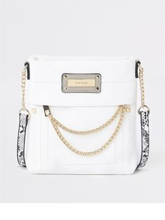 River Island Chain Front Contrast Strap Messenger Crossbody Bag - White f8a33bafd180b