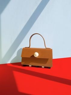 Matter Matters Playful Bag Collection – Trendland Online Magazine Curating the Web since 2006 Photography Bags, Still Life Photography, Creative Photography, Diy Crafts Love, O Bag, Red Bags, Colorful Interiors, Fashion Brand, Leather