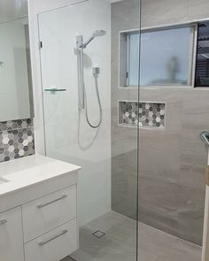 Fully Frameless shower screen, notice no door Frameless Shower, Shower Screen, Bathroom Colors, Beautiful Bathrooms, Bathroom Renovations, White Walls, Grey And White, Bathtub, Colours