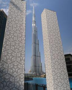 #burjkhalifa #tallest #skyscraper #sunny #sky #Dubai Burj Khalifa, Sunnies, Skyscraper, Dubai, Wallpaper, Building, Instagram Posts, Travel, Skyscrapers