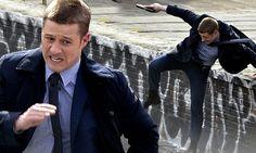 Ben McKenzie fights crime as Detective James Gordon on set of Gotham