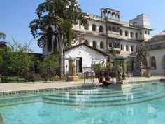 Swimmingpool at Castle Bijaipur