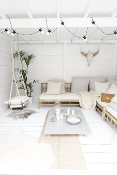 Wall Spaces, Living Spaces, Pergola, Calming Colors, Beach Shack, First Home, Basic Colors, Decoration, Lounge