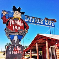 Old West - Tumble Inn loung cafe Cool Neon Signs, Vintage Neon Signs, Neon Light Signs, Roadside Signs, Roadside Attractions, Advertising Signs, Vintage Advertisements, Retro Signage, Vintage Hotels