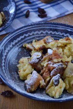 Kaiserschmarren! Een heerlijk recept uit Oostenrijk. Op de skivakantie wordt dit vaak gegeten. Vanaf nu eet je het ook in Nederland!