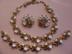 TRIFARI CROWN Necklace Bracelet Earrings by FairVintageBijoux