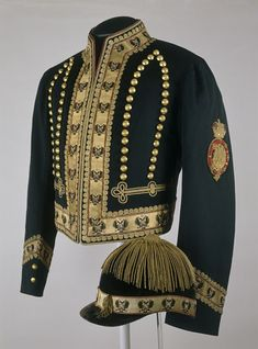 Postilion's jacket and cap, cap by Bruno Frères, Fournrs DE S.A.I./Le Grand Duc Héritier A.A. 1881–1917, Museum no.TK-3051, TK-1590, © The Moscow Kremlin Museums