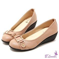 BLenna甜心OL金屬扣飾穿帶楔型包鞋*可可色