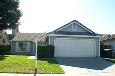 $121,900 Clean home in east Modesto with new carpet, tile roof, granite counter top in move in condition.