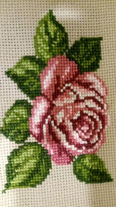 Cross Stitch Rose, Cross Stitch Borders, Cross Stitch Flowers, Cross Stitch Embroidery, Cross Stitch Patterns, Crochet Home, S Pic, Bargello, Embroidery Designs