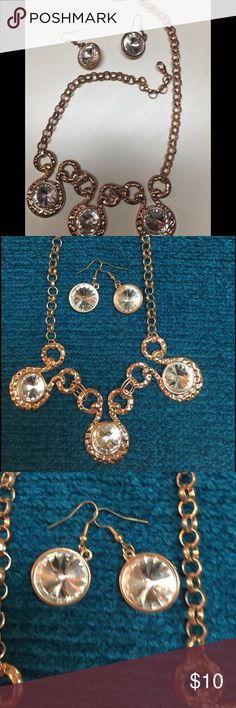 BEAUTIFUL GOLD NECKLACE/EARRING SET. BLING ! Beautiful Gold Necklace/Earrings Set. Lots of Bling!  18 inches long + the extender. Would make a great Gift 💝. FAST SHIPPING 🚀. BUNDLE WITH OTHER ITEMS FOR A BETTER DEAL 😘 Jewelry Necklaces