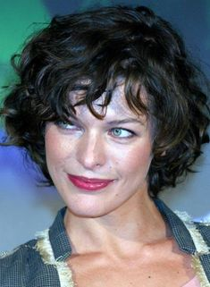 Messy Bob Hairstyles - Charming Bob More