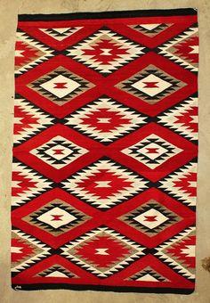 Navajo Weaving Native American Rugs, Native American Patterns, Native American Design, Native American Artifacts, Navajo Weaving, Navajo Rugs, Navajo Pattern, Colonial Art, Indian Blankets