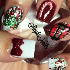 Love the plaid nail