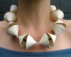 necklace paper+glassbeads-Ursula Achten