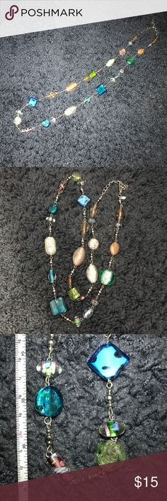 Premier deaigns jewelry 34 in. glass bead necklace Gorgeous necklace from premier jewelry. Like new. Glass beads. Premier Designs Jewelry Necklaces