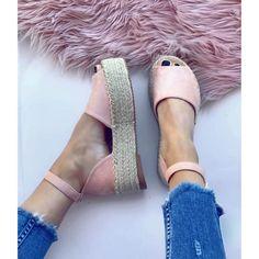 Εσπαντρίγιες Sina μπαρέτα nude Espadrilles, Nude, Sandals, Shoes, Fashion, Espadrilles Outfit, Moda, Shoes Sandals, Zapatos