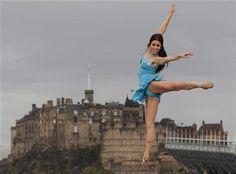 whatstheenpointe: The Castle Pointe Edinburgh International Festival, Castle, Louvre, Ballet, Dancers, Building, Travel, Viajes, Dancer