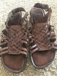 049cdef25aba Auditions Sandals Sz 12M Brown Strappy Leather 2 inch heel