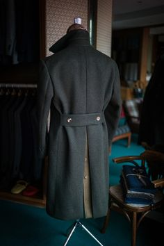 Loden fabric bespoke polo coat by B&TAILOR Suit Fashion, Look Fashion, Indian Wedding Clothes For Men, Norfolk Jacket, Polo Coat, Man's Overcoat, Gents Kurta, Men's Coats And Jackets, Stylish Men