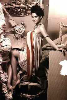 Sonal Chauhan's Photoshoot http://blogonbollybabes.blogspot.in/2014/01/sonal-chauhan-in-artistic-photo-shoot.html #sonalchauhan #photoshoot #creative #bollywoodactress