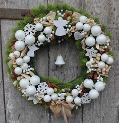 Wianki bożonarodzeniowe z pracowni tenDOM   tenDOM... bo w domu najlepiej Christmas Wreaths, Christmas Decorations, Holiday Decor, Winter, Home Decor, Winter Time, Decoration Home, Room Decor, Home Interior Design
