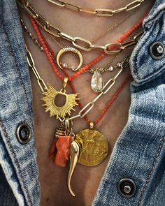 The Andress Radiant Love Pendant, as seen on Henry Dominique adds beautifully for your neck mess layered look. Jewelry Trends, Boho Jewelry, Jewelry Gifts, Vintage Jewelry, Jewelry Accessories, Fashion Accessories, Fine Jewelry, Jewelry Necklaces, Fashion Jewelry