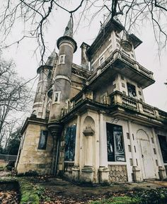 This Ole House, Southern Gothic, Banner Images, Fantasy Artwork, Downton Abbey, High Quality Images, Dark Side, Big Ben, Abandoned