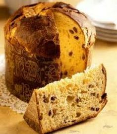 Panettone classico alla Milanese: a sweet Christmas for all Italian Christmas, Noel Christmas, Christmas Foods, Christmas Stuff, Panettone Cake, Sweet Desserts, Gelato, Tiramisu, Food And Drink