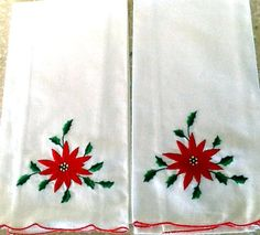 Set of 2 Poinsettia Guest or Tea Towels- New Old Stock