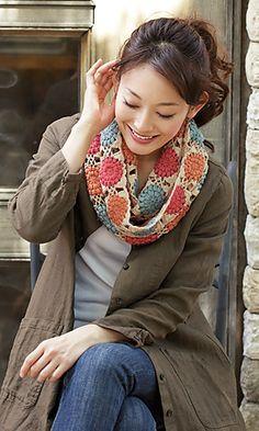 Chiffon Motif Cowl free crochet pattern