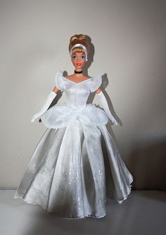Cinderella   por Custom Disney 90's dolls