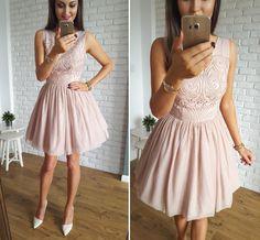 Nude tulle mini dress /  Idealnie skrojona rozkloszowana sukienka, wykonana z wysokiej jakości tkaniny i kilku warstw elastycznego, miękkiego, przyjemnego w dotyku tiulu.   Sukienka Illuminate idealna na wesele. 339zł Dostępna tutaj: http://illuminate.com.pl/sukienki/r