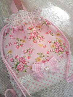 Drawstring bag-nice detail but couldn't find original link