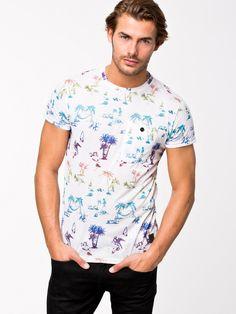 Anerkjendt Lombok T-shirt för 299 kr