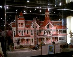 miniatures museum los angeles | ... and is modelled on an actual house built in Los Angeles circa 1885