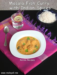 Unlike Meat, I never get tired of Fish. I keep trying new recipes with Fish and a few days back, I was reminded of the Fish Masala which was served for our Wedding Receptio… Kerala Recipes, Indian Food Recipes, Ethnic Recipes, Fish Recipes, New Recipes, Masala Curry, Kerala Food, Fish Curry, Sea Food