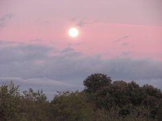 Atardecer en el Parque Nacional de Monfragüe. Reserva de la Biosfera.