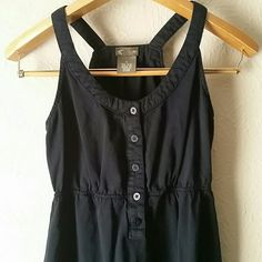 Anthropologie Fei size 0 little black dress This casual razor back dress has buttons at the top rlastic around the waist and 2 front pockets, perfect dress for a casual summer night, throw your hair in a messy bun for a night out in this comfy cute dress. Offers through blue offer button only please. Anthropologie Dresses Mini