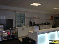 Caffetria Wall Wall Signs, Flat Screen, Walls, Wall Plaques, Blood Plasma, Flatscreen, Dish Display