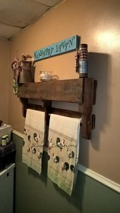 Rustic country towel holder/shelf from an oak pallet.