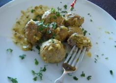 Meatballs in Almond Sauce - Hispanic Kitchen