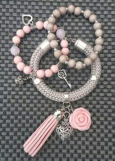 Cute Friendship Bracelets, Cute Bracelets, Gemstone Bracelets, Handmade Bracelets, Jewelry Bracelets, Handmade Jewelry, Bead Jewellery, Beaded Jewelry, Jewelery