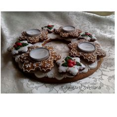 Advent gingerbread wreath by CookieArt Svetlana # Wreath Boxes, Red Pictures, Advent Wreath, Edible Art, Royal Icing, Cookie Decorating, Gingerbread Cookies, Wreaths, Catholic
