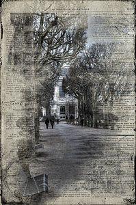 Le Moniteur De La Mode Print by Evie Carrier