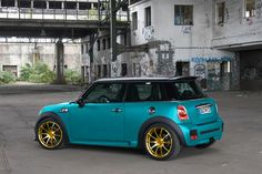 mini cooper - cool color combo